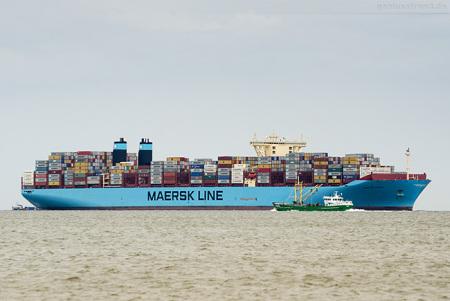 Schiffsankünfte JadeWeserPort: Containerschiff MARSTAL MAERSK