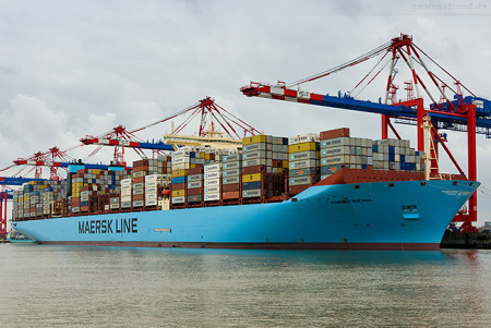 Eurogate Container Terminal Wilhelmshaven: Maribo Maersk (Triple-E-Klasse)