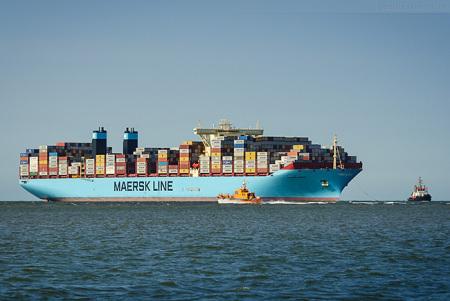 JadeWeserPort Schiffsankunft: Triple-E-Klasse MOGENS MAERSK