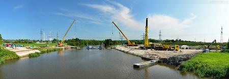 Wilhelmshaven: Neue Ölfernleitung in der Maade verlegt