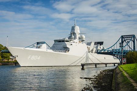 Niederländische Fregatte HNLMS DE RUYTER (F 804)
