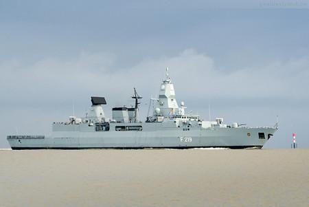 Wilhelmshaven: Fregatte SACHSEN (F 219) nach Unglücksfall zurück