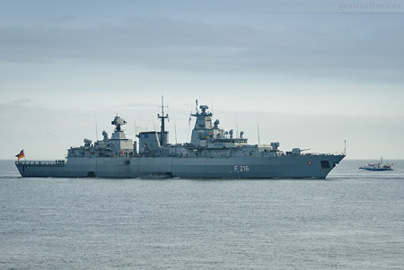 Fregatte SCHLEWIG-HOLSTEIN (F 216) nach EU-Einsatz (EUNAVFOR MED)