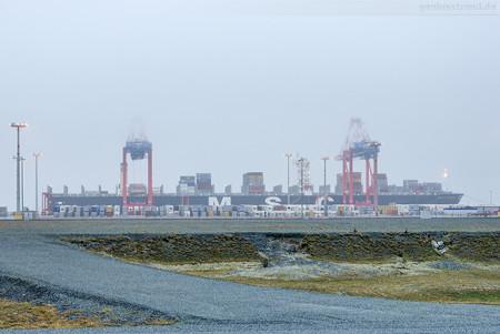 Jade Weser Port Ankünfte: Containerschiff MSC LA SPEZIA (L 366 m)
