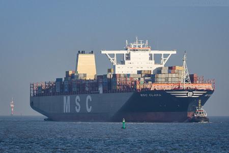JADEWESERPORT: Größtes Containerschiff der Welt MSC CLARA (L 395 m)