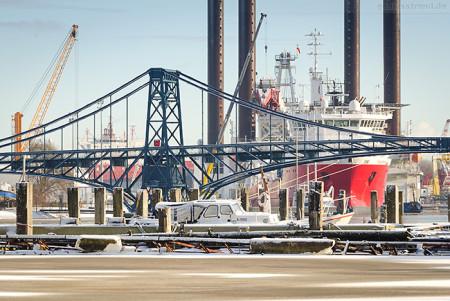 Wilhelmshaven: Großen Hafen mit Blick Richtung K.-W.-Brücke