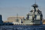 Wilhelmshaven: Fregatte BAYERN (F 217) beim Schleife fahren