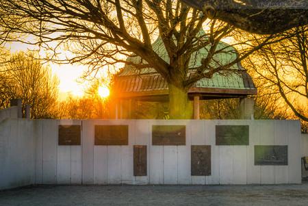Wilhelmshaven: Kupferdach auf dem Rüstringer Berg bei Sonnenuntergang