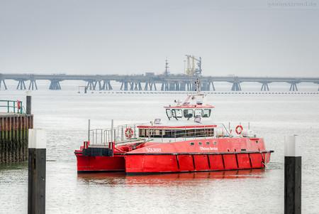 Hooksiel Außenhafen: Crew Supply Vessel SOLWAY (L 20 m)