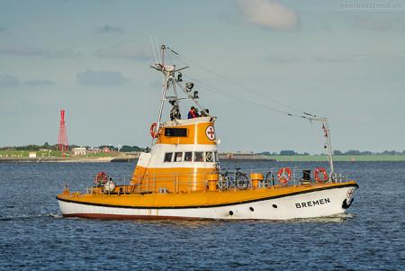 Tag der Seenotretter 2016 in Wilhelmshaven: Versuchskreuzer BREMEN