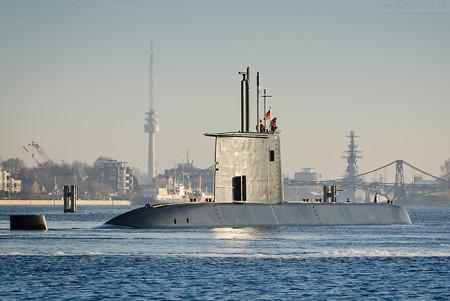 WILHELMSHAVEN: U-Boot S41 im Großen Hafen (Entmagnetisierungsschleife)
