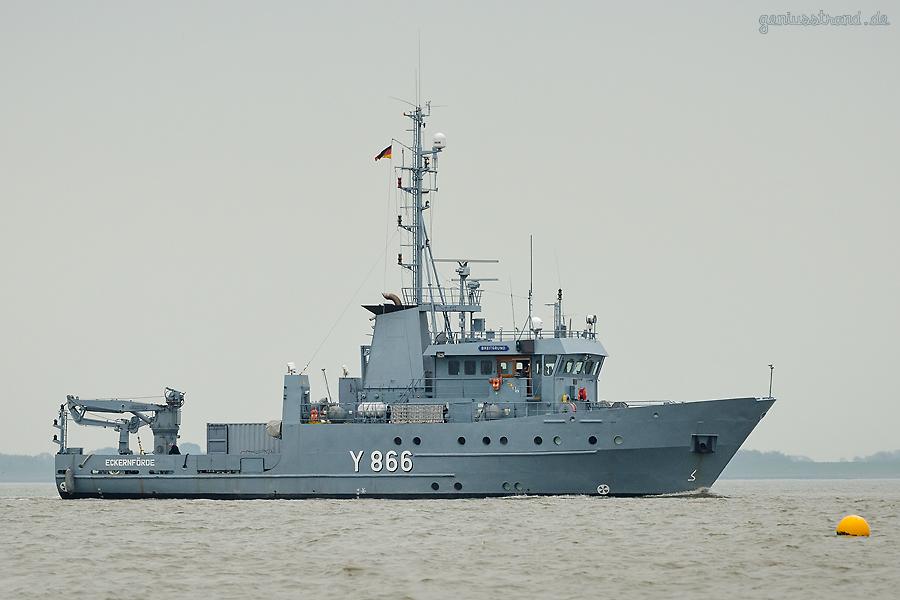 Marinestützpunkt Wilhelmshaven: Mehrzweckboot BREITGRUND (Y 866)