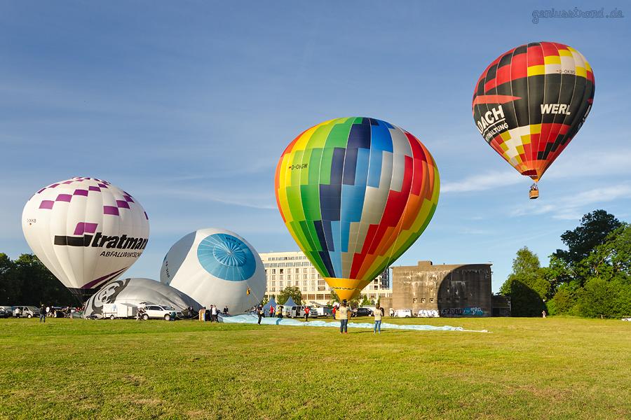 WILHELMSHAVEN: Bilder vom 1. Ballonmeeting (Heißluftballontreffen) am Banter See Park
