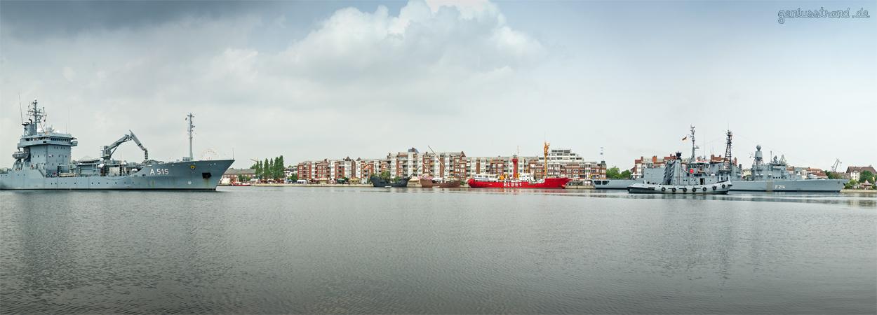 Start des 43. WOCHENENDE AN DER JADE 2017: Stadt- und Hafenfest in Wilhelmshaven