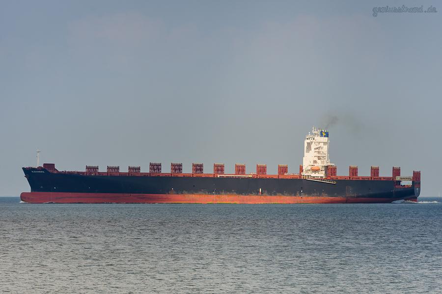 JADEWESERPORT: Containerschiff ALEXANDRA (L 270 m) kam zuvor aus Savannah (Georgia) USA