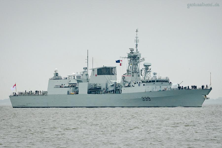 WILHELMSHAVEN: Kanadische Fregatte HMCS Charlottetown (FFH 339) vom NATO-Verband SNMG1