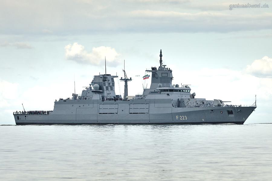WILHELMSHAVEN: Fregatte NORDRHEIN-WESTFALEN (F 223) läuft ihren zukünftigen Heimathafen an