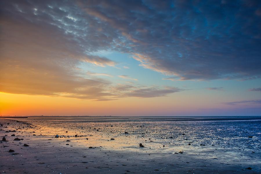 HOOKSIEL STRAND: Zwischen goldener und blauer Stunde am Hooksieler Strand unterwegs