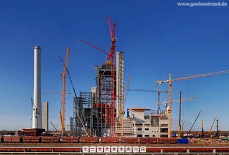 Wilhelmshaven: Panoramablick auf die GDF-Suez Kraftwerksbaustelle