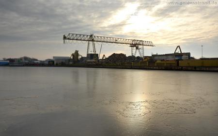 Hintergrundbilder Wilhelmshaven Handelshafen Firma Jade-Stahl