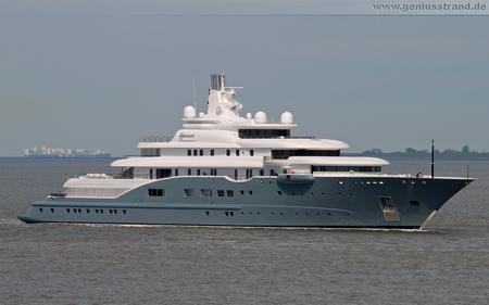 Luxusyacht Radiant mit Ziel Wilhelmshaven - Hintergrundbild