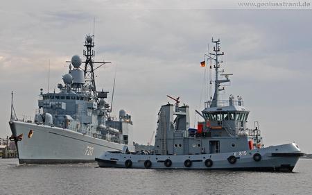 Hintergrundbild - Fregatte Augsburg (F 213) und Schlepper Scharhörn (Y 815)