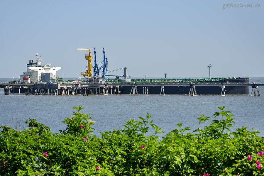 SHIPSPOTTER WILHELMSHAVEN: Tanker ESTRELLA (L 229 m) im Ölhafen