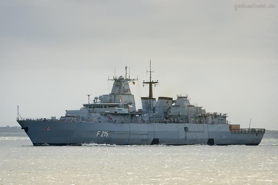 WILHELMSHAVEN: Fregatte BRANDENBURG (F 215) fährt zum planmäßigen Werftaufenthalt nach Berne