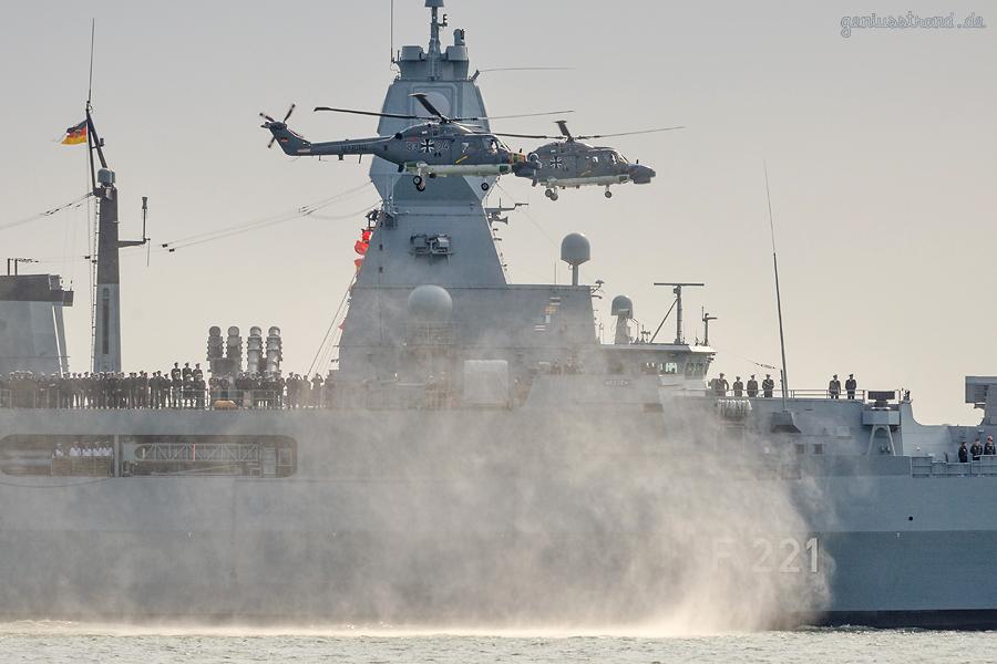 MARINESTÜTZPUNKT WILHELMSHAVEN: Fregatte Hessen (F 221) kommt vom Einsatz zurück