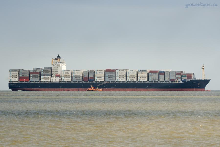 JADEWESERPORT: Containerschiff LANA (L 260 m) einlaufend, kommend aus Las Palmas/Gran Canaria