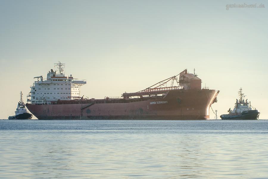 SHIPSPOTTER WILHELMSHAVEN: Erstanlauf des Selbstlöscher HARMEN OLDENDORFF (L 224 m)