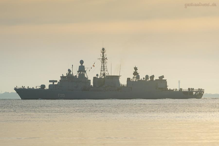 WILHELMSHAVEN: Fregatte AUGSBURG (F 213) läuft zum EUNAVFOR MED Operation SOPHIA aus