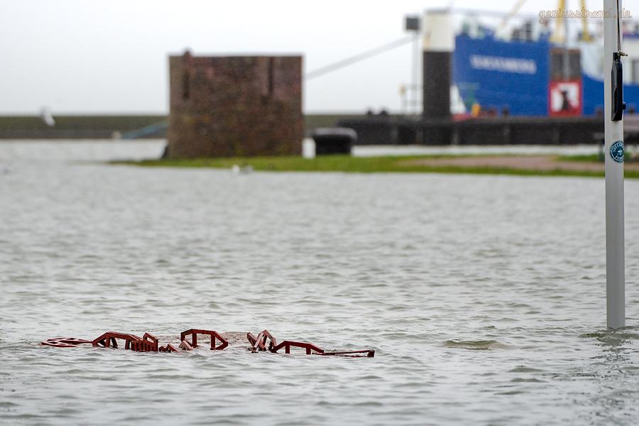 WILHELMSHAVEN: Sturmtief SIGLINDE bringt etwas Hochwasser