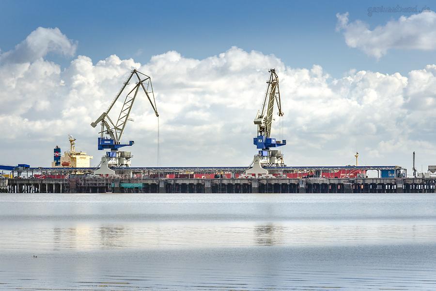 Bulk Terminal Wilhelmshaven (BTW): Bulk Carrier NAVIOS ASTERIKS