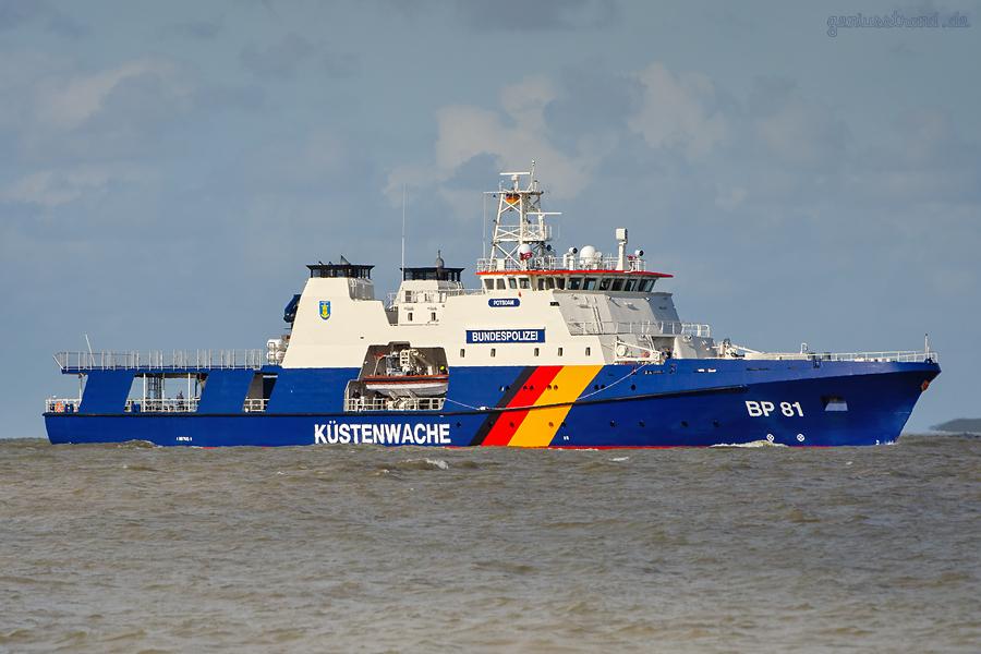 WILHELMSHAVEN: Bundespolizeischiff/Küstenwache Potsdam BP 81 auf der Jade