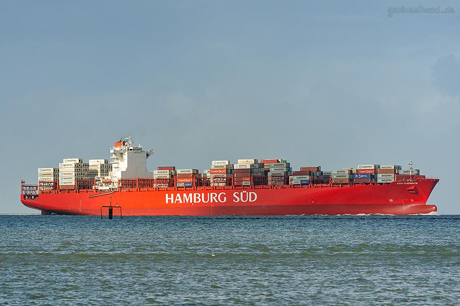 JADEWESERPORT Wilhelmshaven: Containerschiff SAN CLEMENTE (Hamburg Süd)